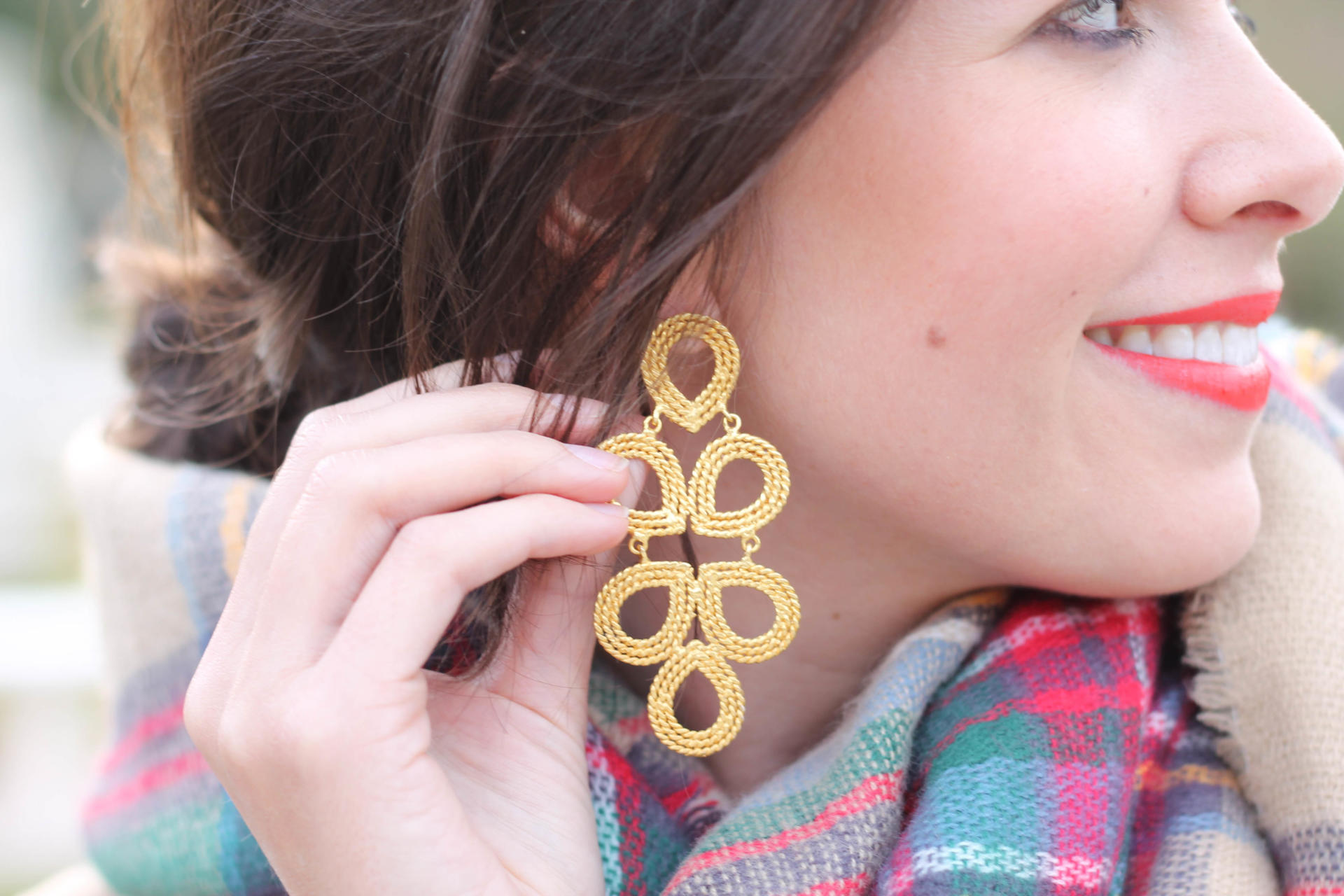 Statement Earring Lisa Lerch - Statement Earrings For Christmas by New York fashion blogger Style Waltz
