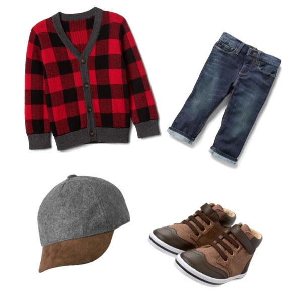 christmas card pictures outfit ideas for toddler boys by new york fashion blogger style waltz